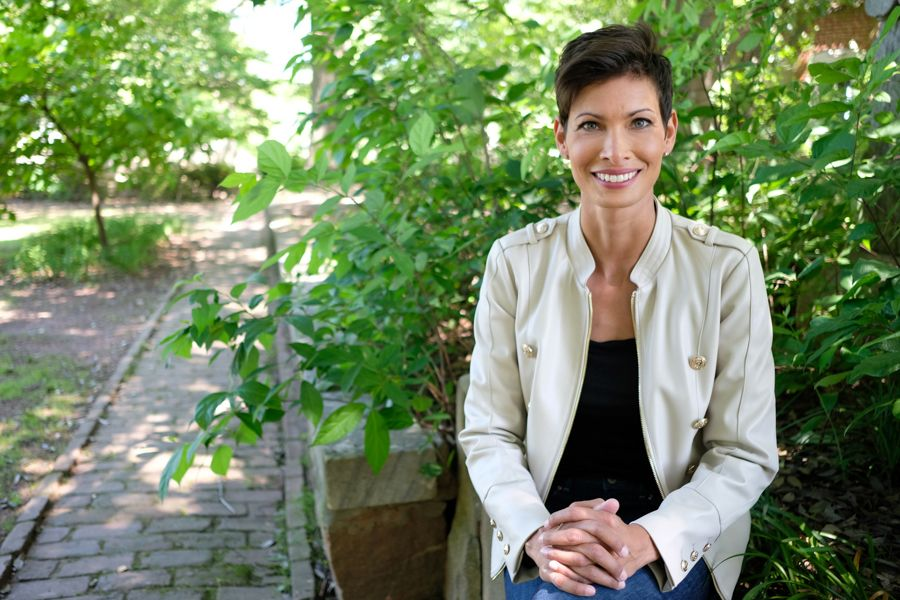 Start with a clean brain for optimal health says dr stephanie rimka who joins Lily Sanders in her podcast called beyond the current situation